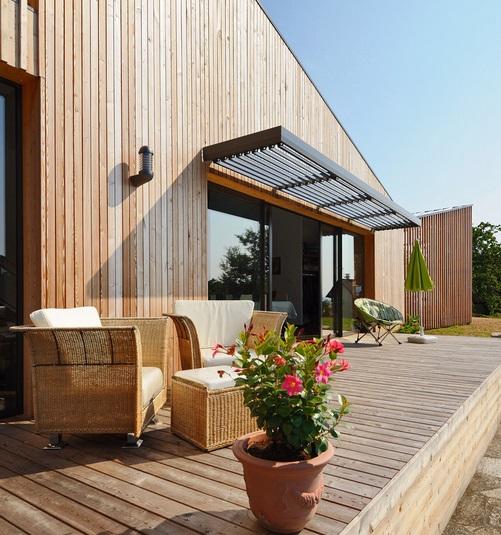 Strefa wypoczynku w ogrodzie - jak ją zaprojektować? fot.: GALLET ARCHITECTES